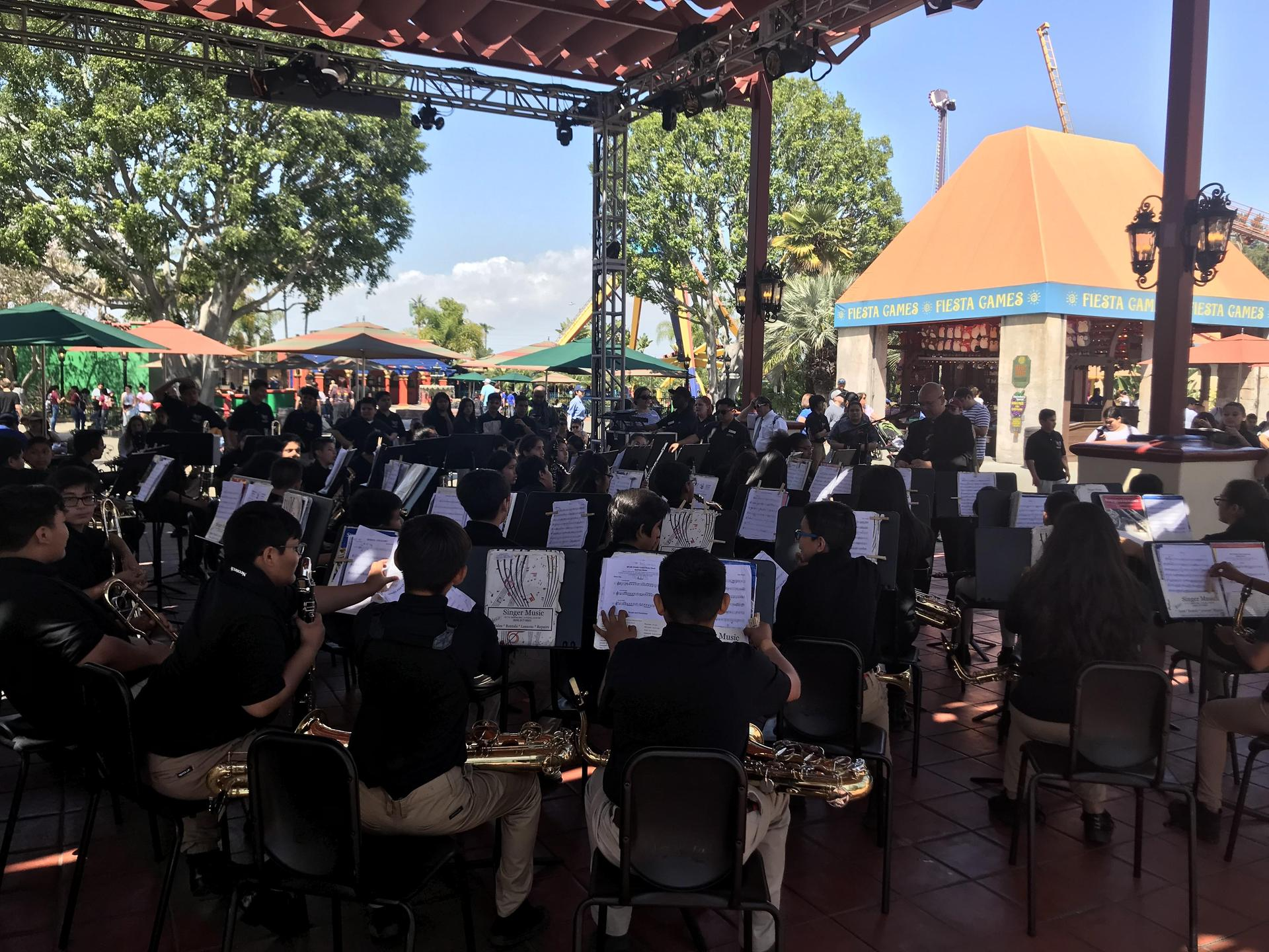 SVJH bands performing @ Knott's Berry Farm 4/12/19