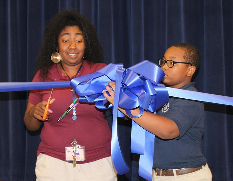 Robert Lewis Magnet School Bank at School Ribbon Cutting