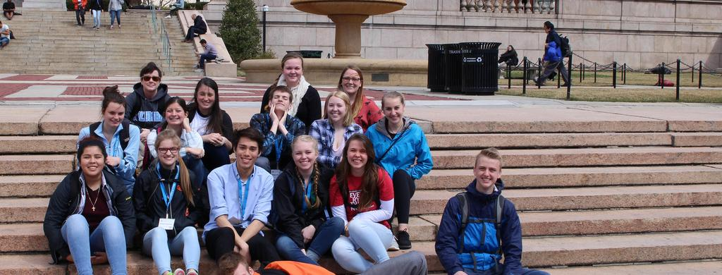 JCHS Students on Field Trip