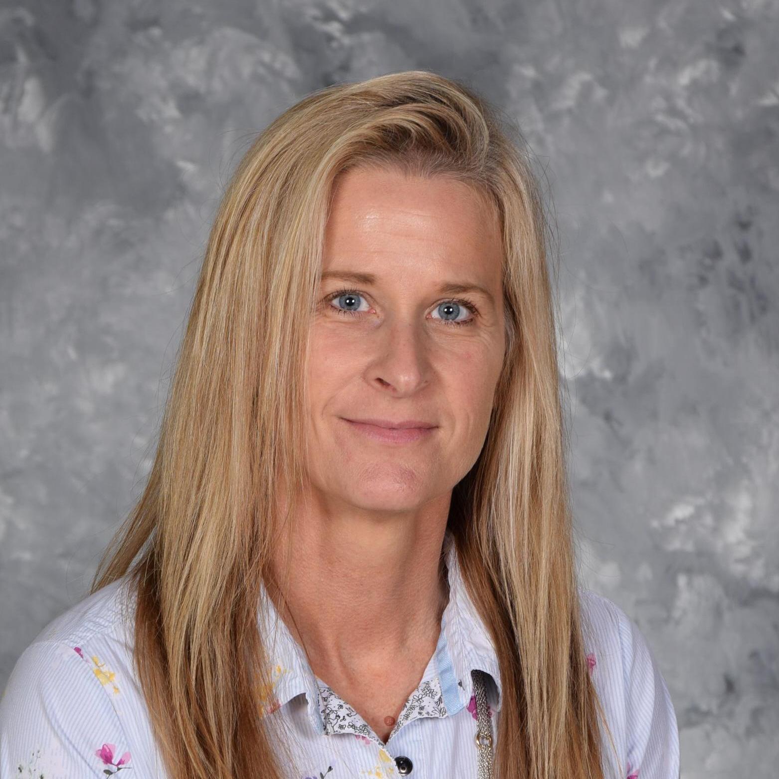 Jill Karnis's Profile Photo
