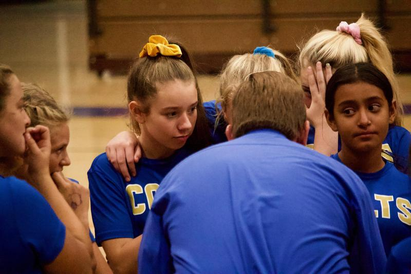 Varsity, Middle School Volleyball Teams Give Supreme Efforts Featured Photo