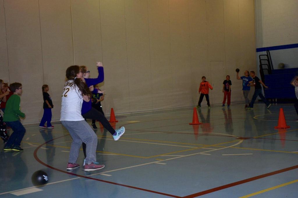 Ball game - Grade 5
