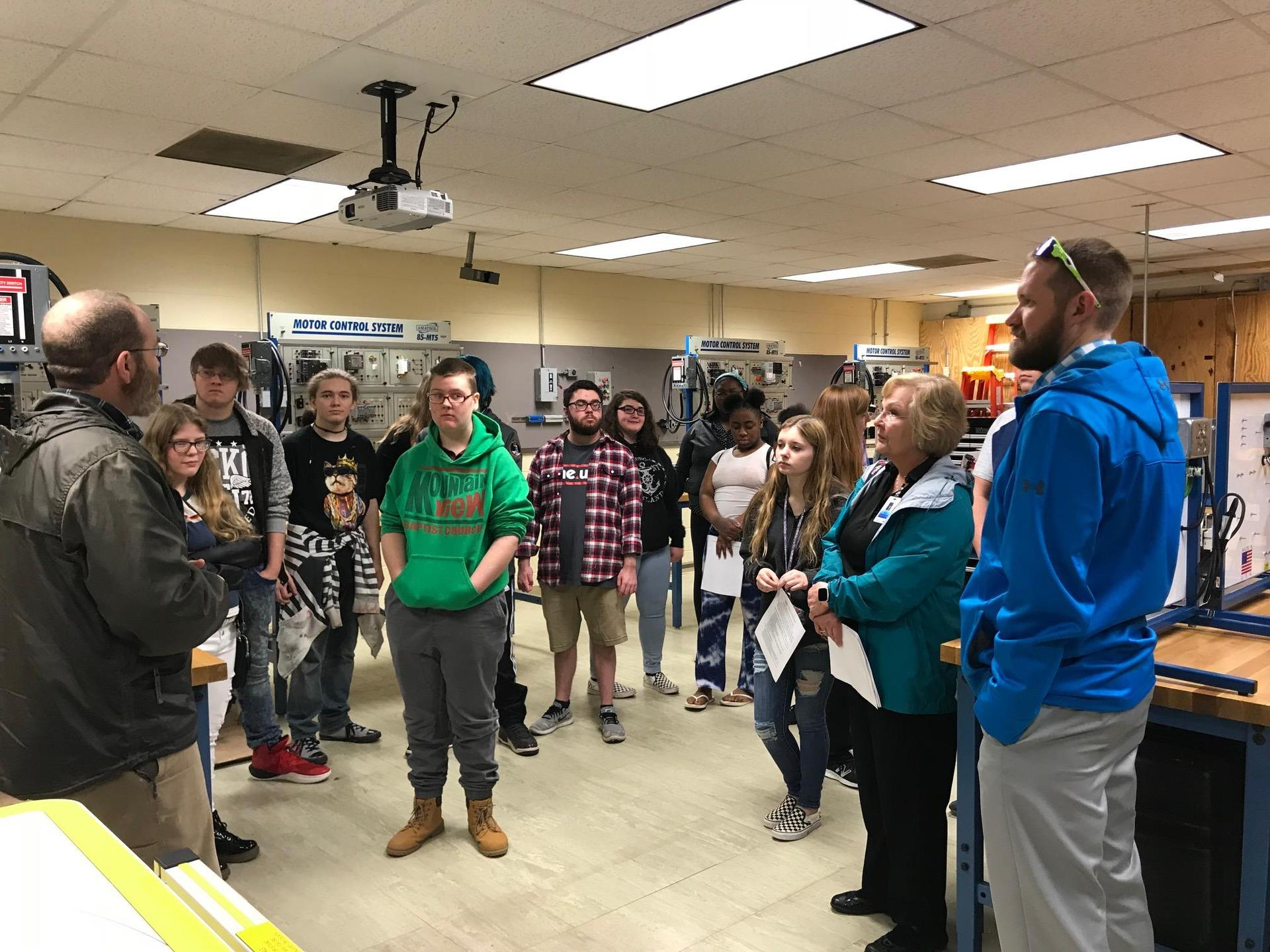VHS students learn about careers at VHCC.