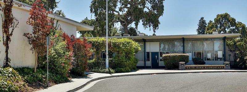 White Oaks Elementary Image
