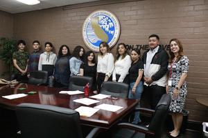 Nueva Vista Students Participate in Mock Interviews