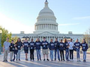 students in front of the US Capitol Building