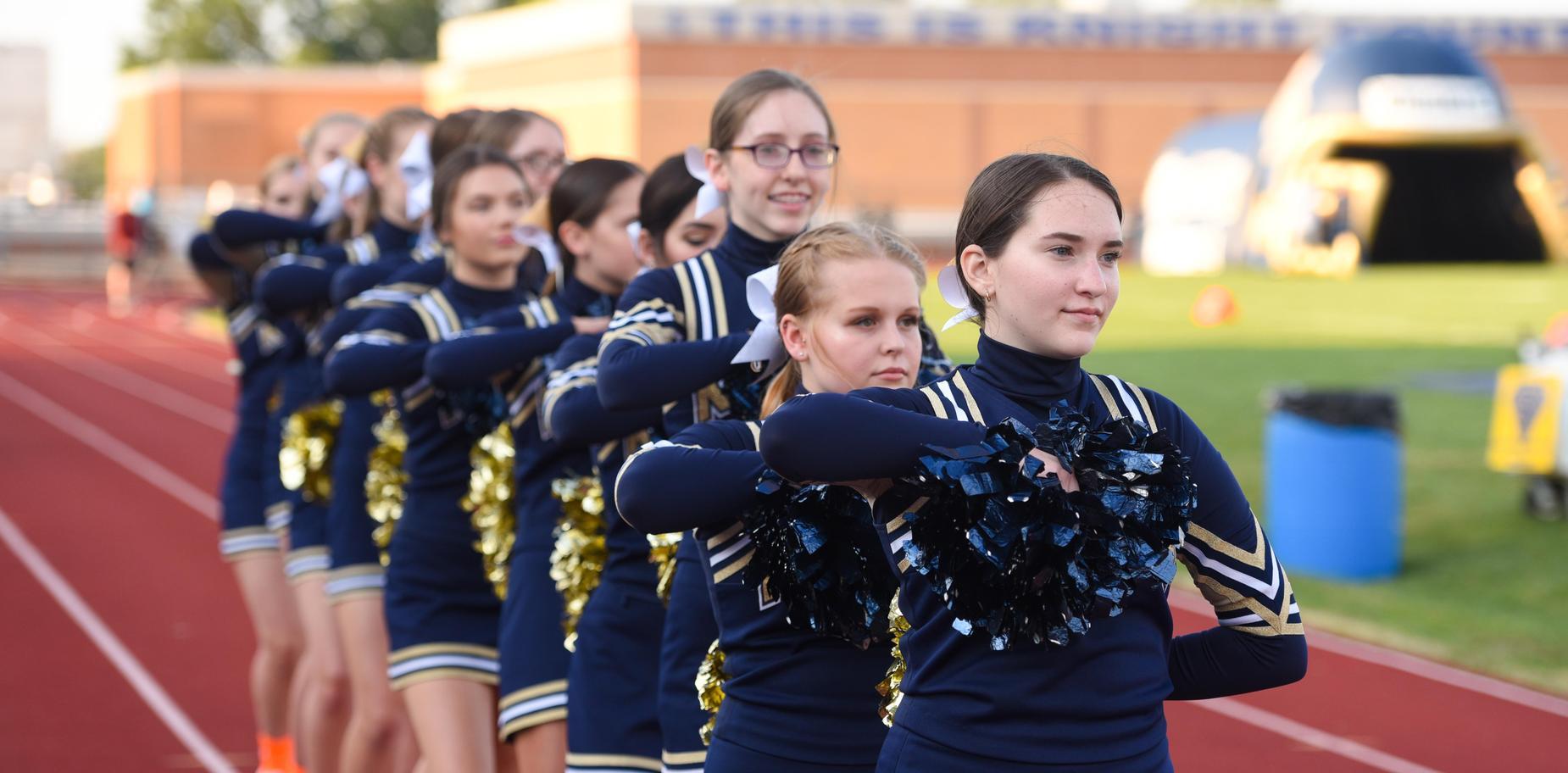 Knoch cheerleaders