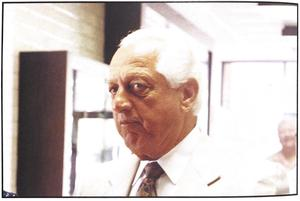 Tommy Lasorda in SL gym foyer Fall 1994.jpg