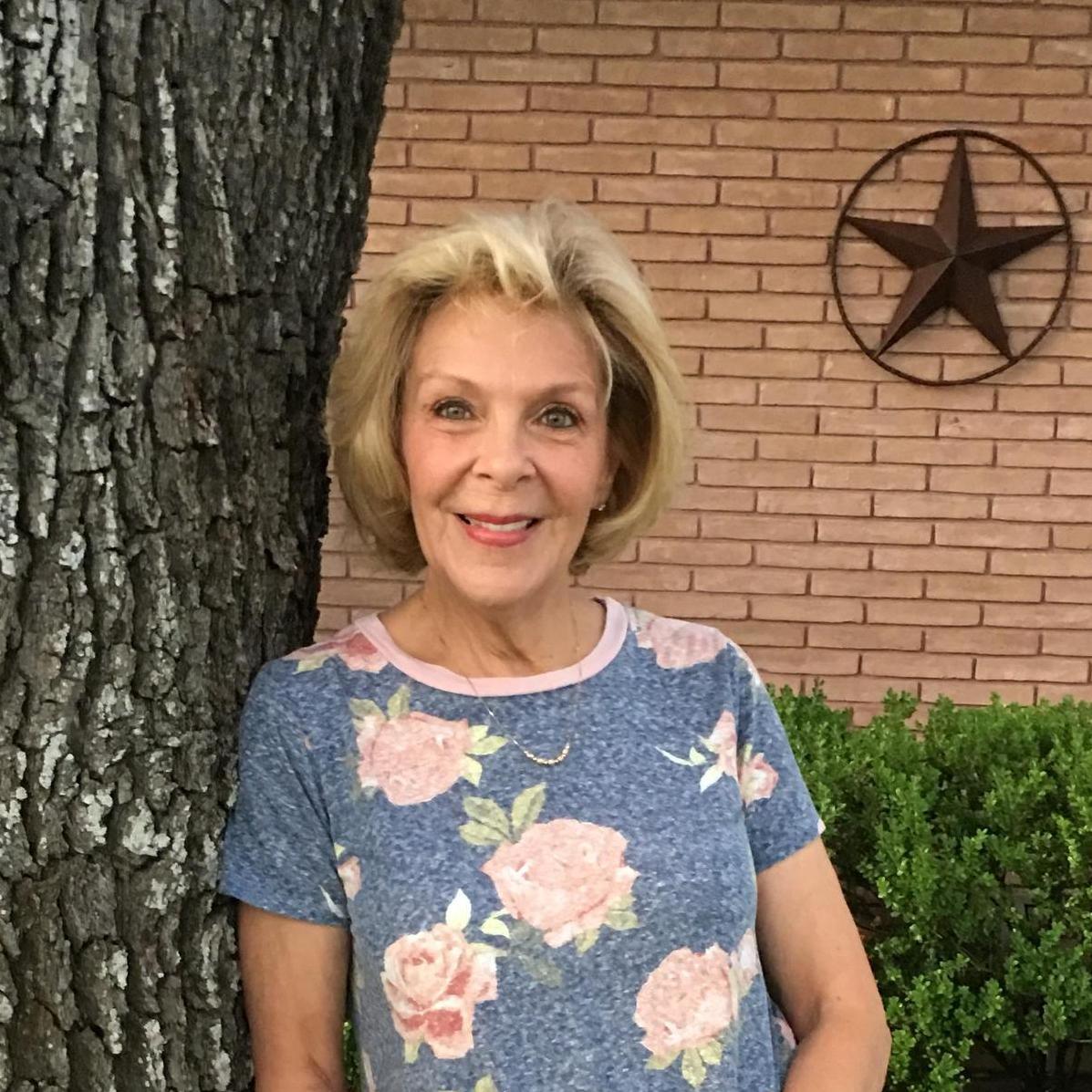 CYNTHIA DAY's Profile Photo