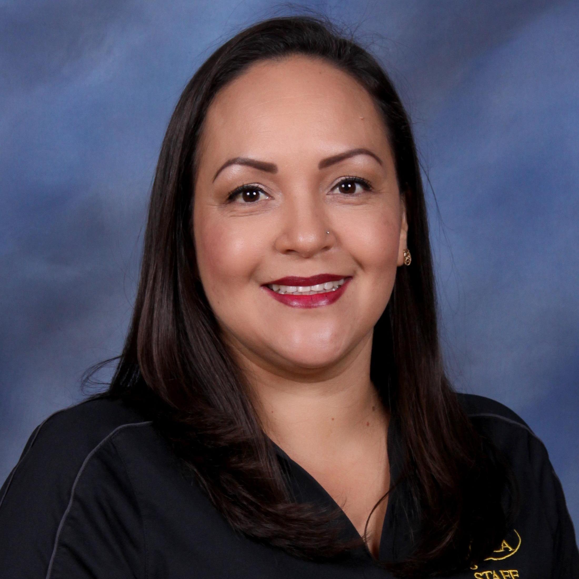 Elizabeth Ochoa's Profile Photo