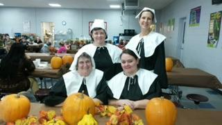BELMONT ELEMENTARY AT THANKSGIVING MEAL
