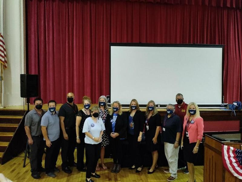 American Federation of Teachers President, Randi Weingarten,  visits Robert Fulton School Featured Photo