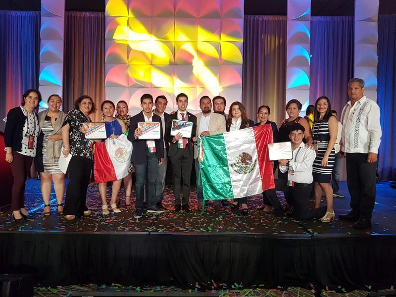 Alumnos de la Red de Colegios Semper Altius participan en la Competencia Mundial Microsoft y Adobe Certified Associate Featured Photo