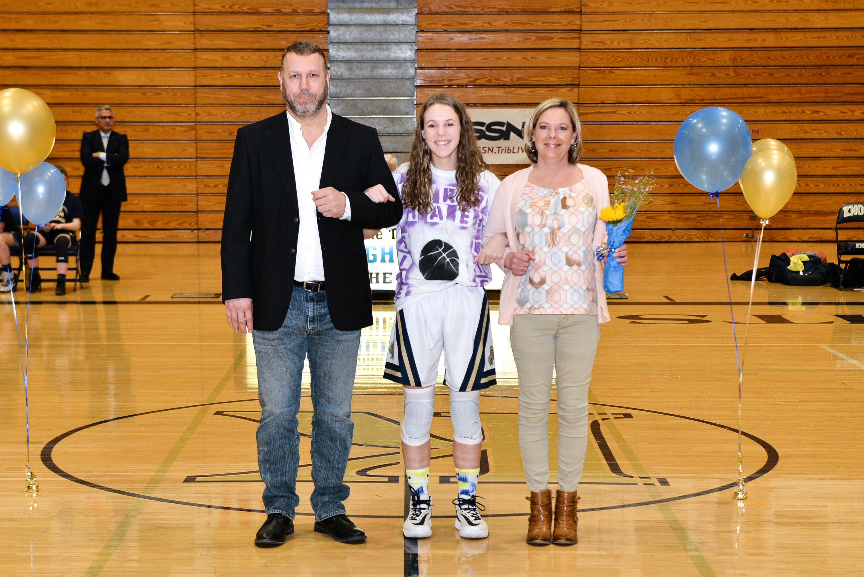 pic of Abbey Shearer and parents