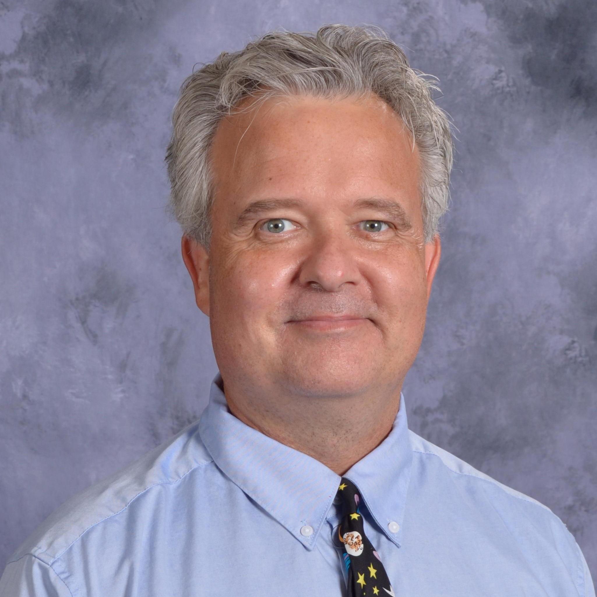 Mike Evele's Profile Photo