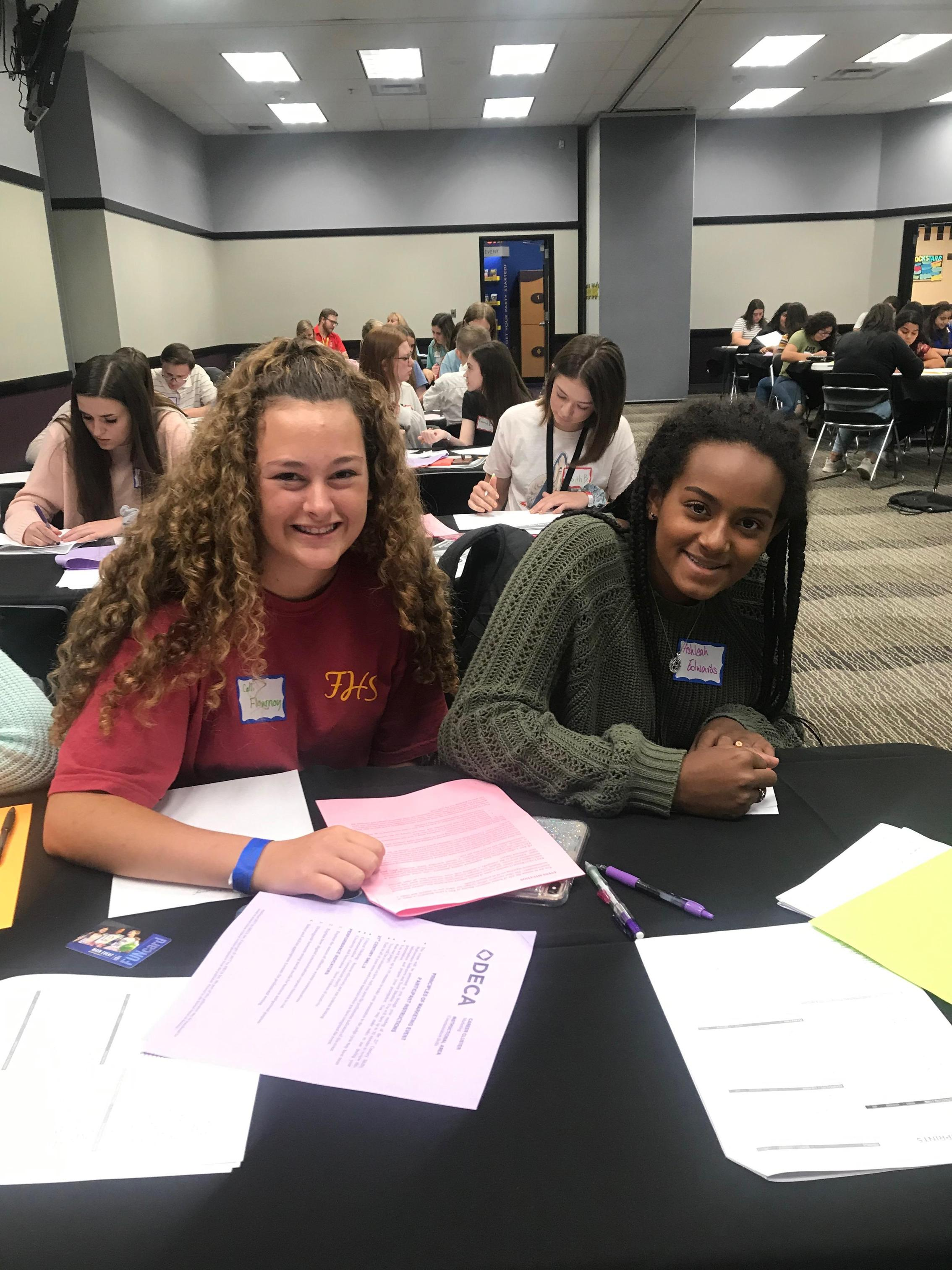 deca students at leadership conference