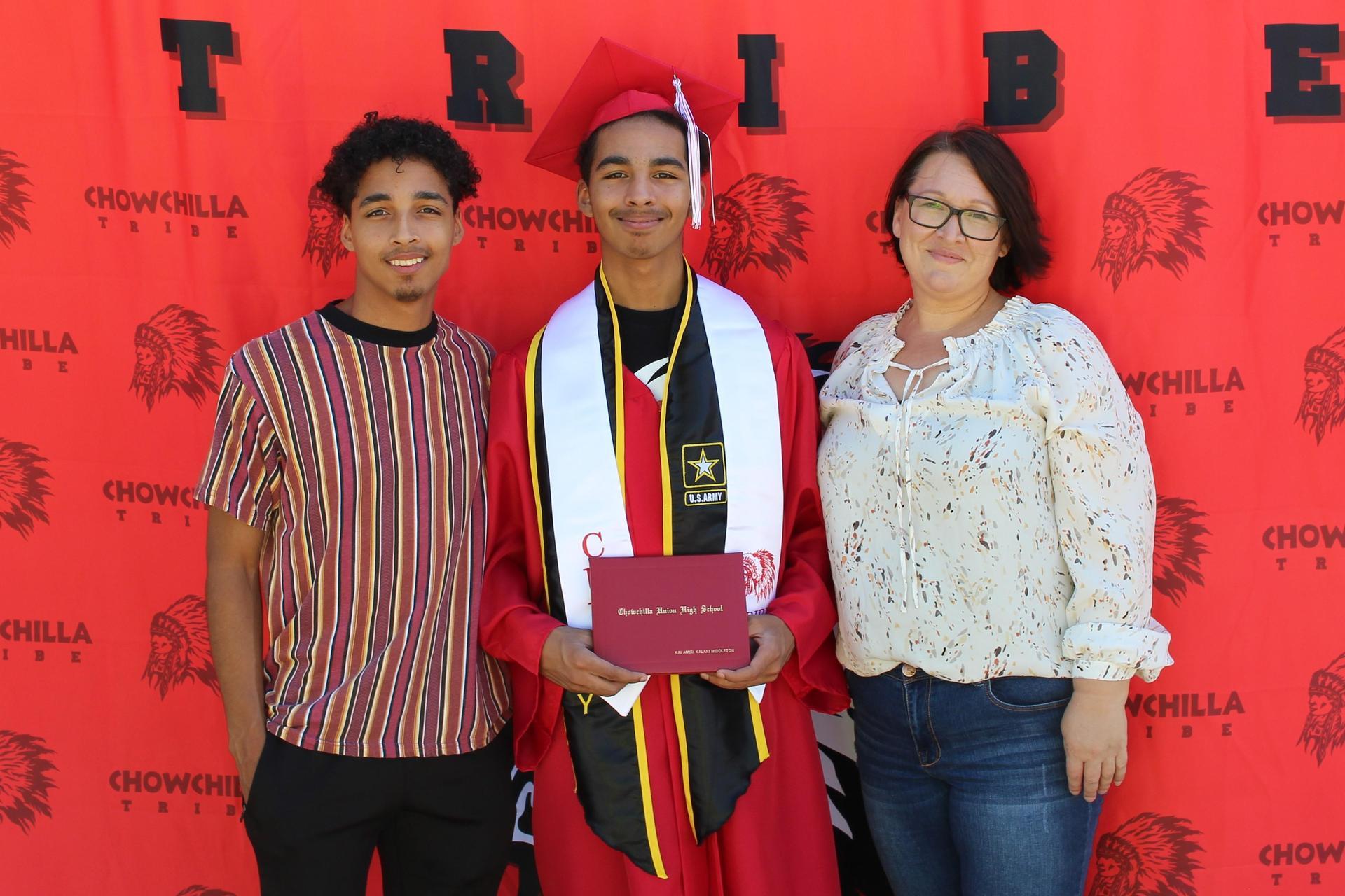 Kai Middleton and family