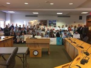 WMS students in senate chambers