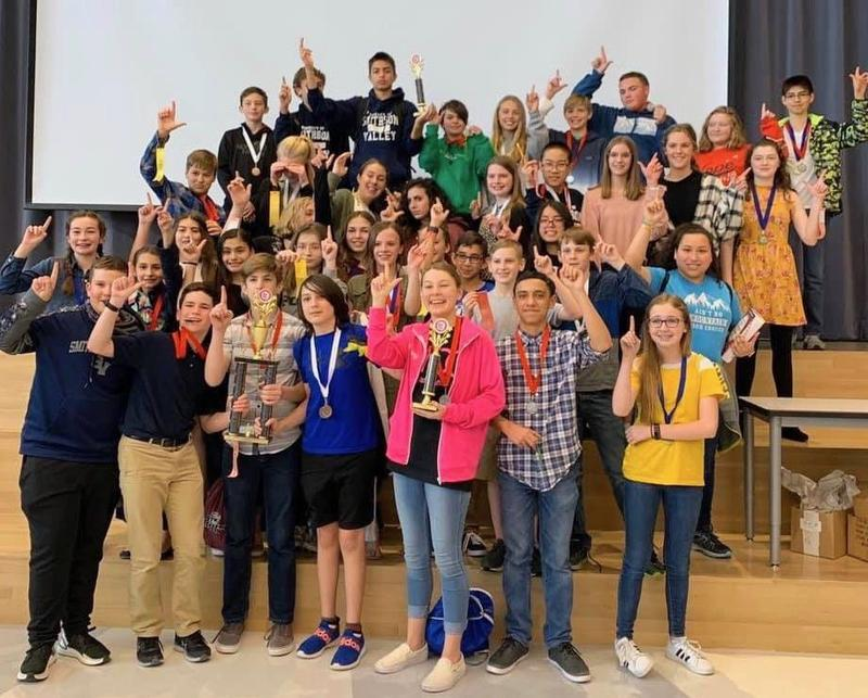 SVMS District UIL Academic winners