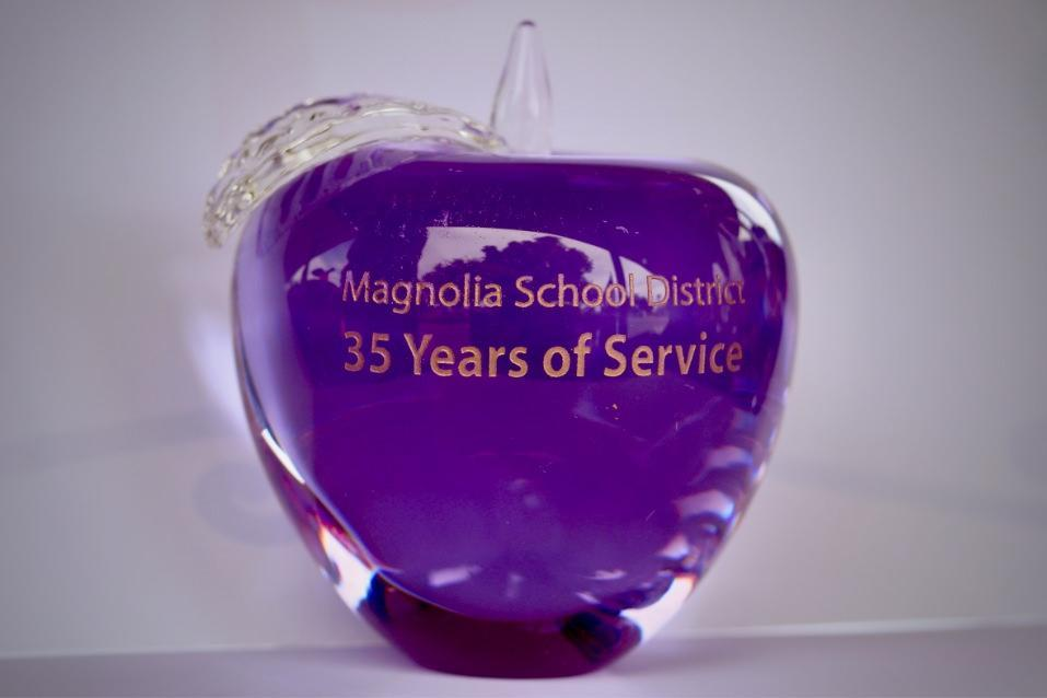 Magnolia Crystal Apple Award