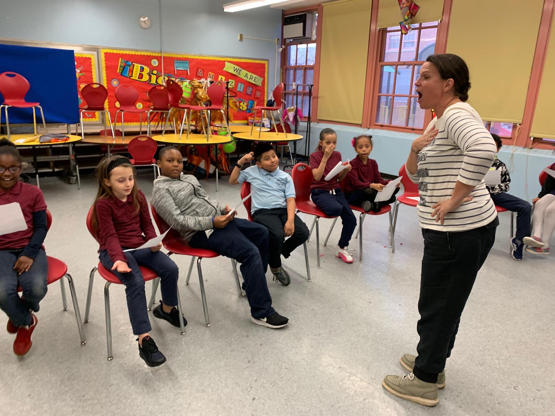 lower grade kids in chorus class