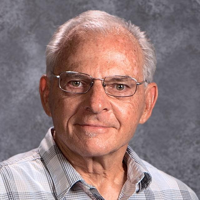 Dennis Molchak's Profile Photo