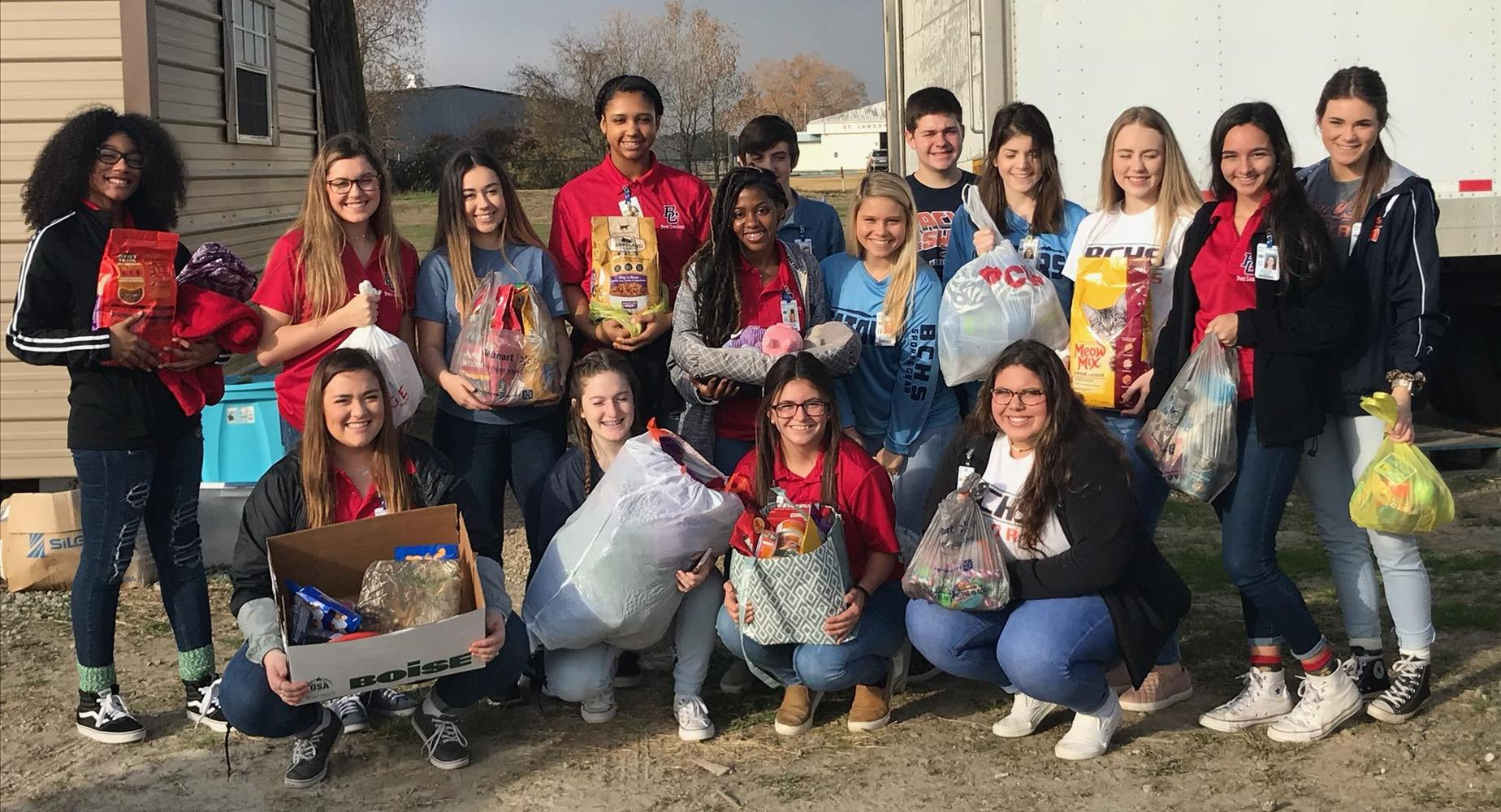 BCHS Peer Leaders visited the Animal Shelter