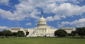 800px-US_Capitol_west_side.jpg