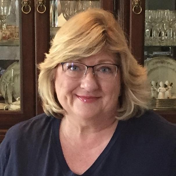 Suzanne Hernandez's Profile Photo