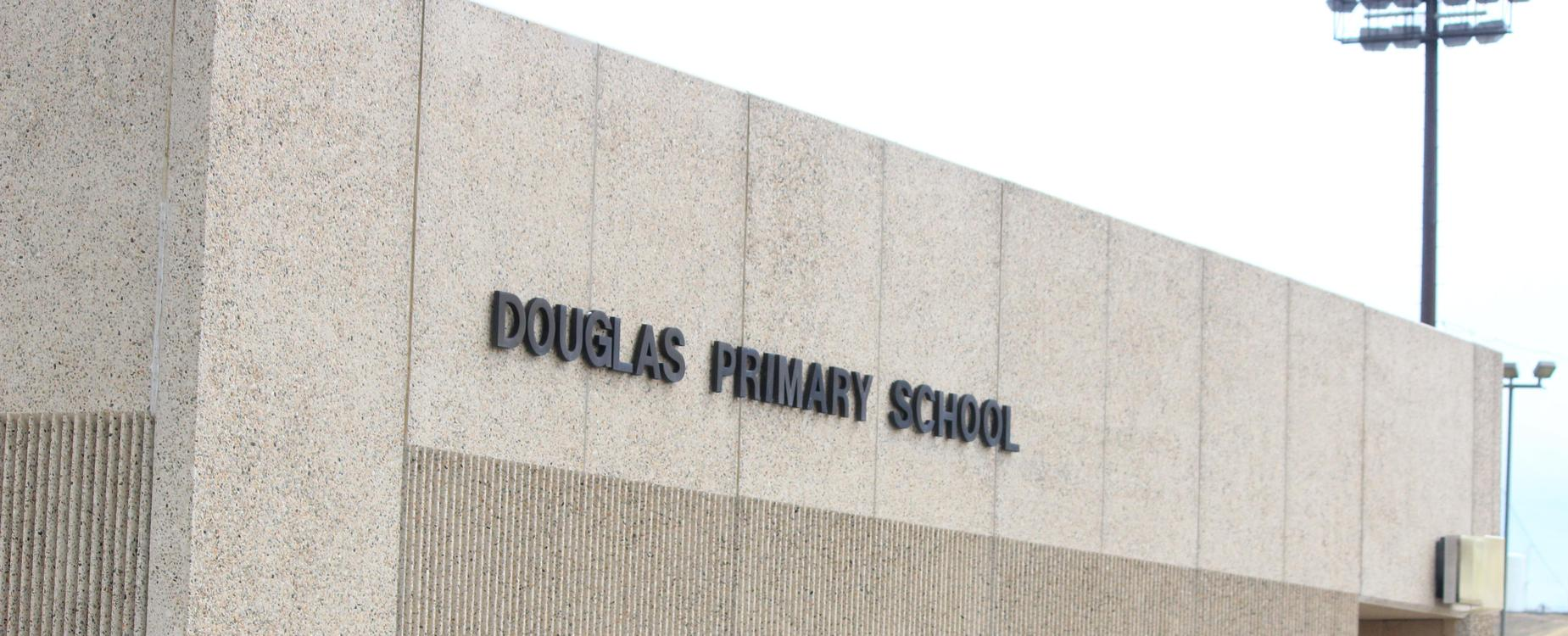 DPS building, letters on building