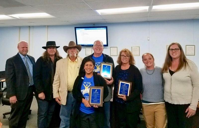 LVUSD Names Lorie Raschke, Gary Schlenz As Employees of the Month Featured Photo