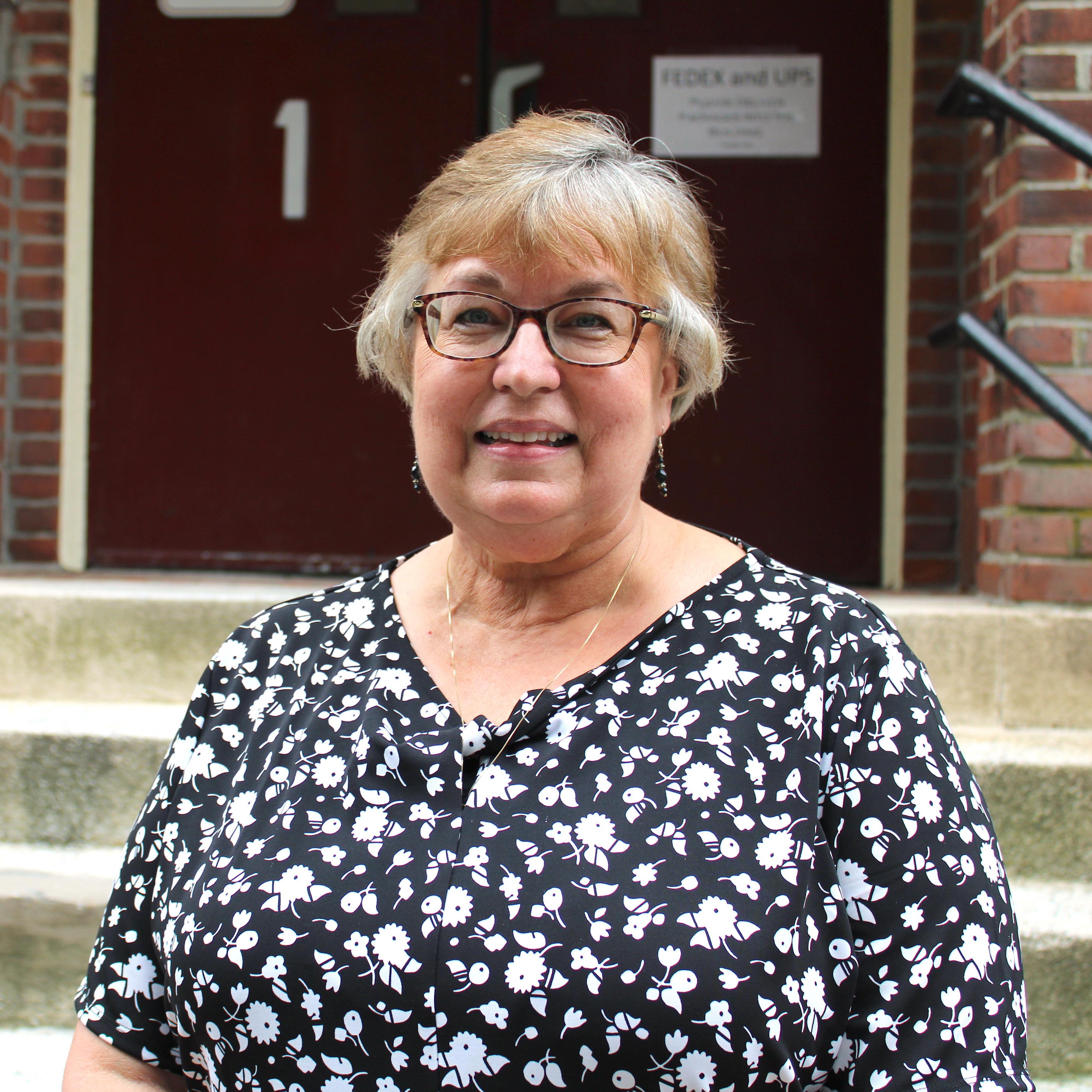 Elaine Ray's Profile Photo