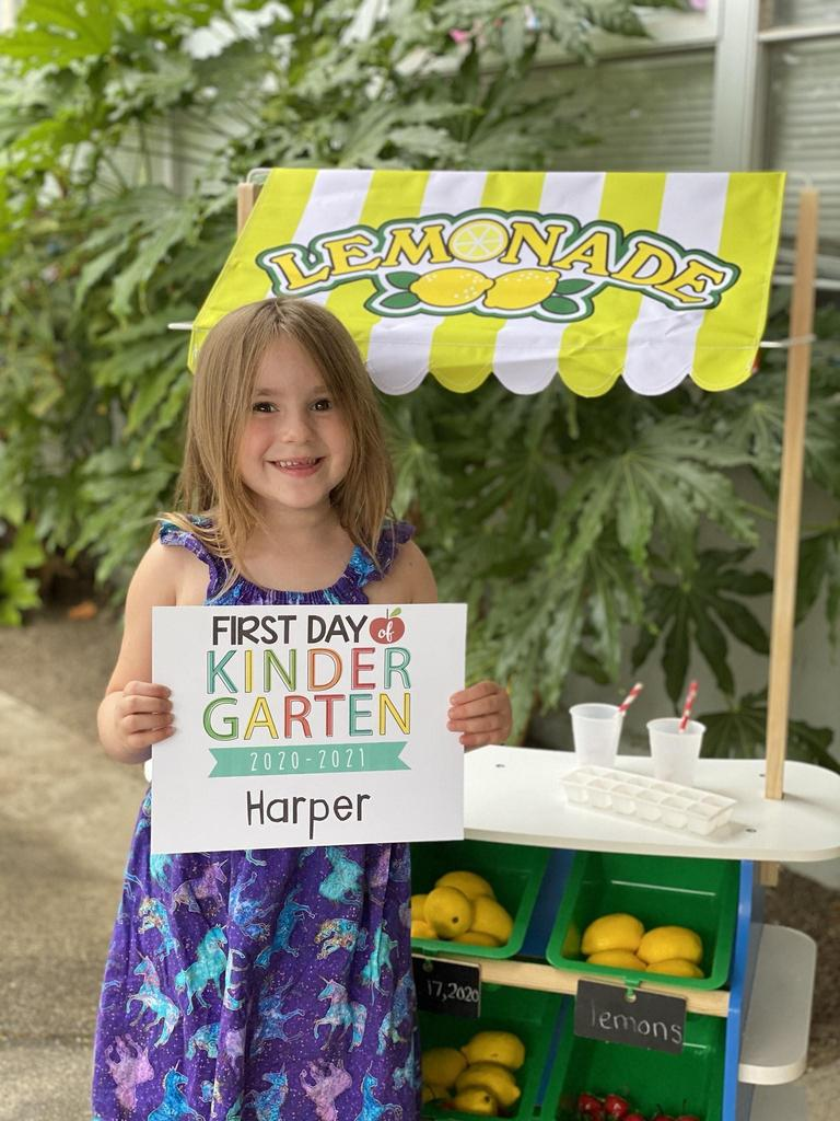 kindergartener harper making lemonade out of lemons