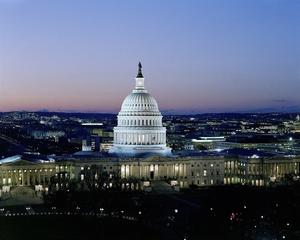 The capital building in Washington DC at dusk
