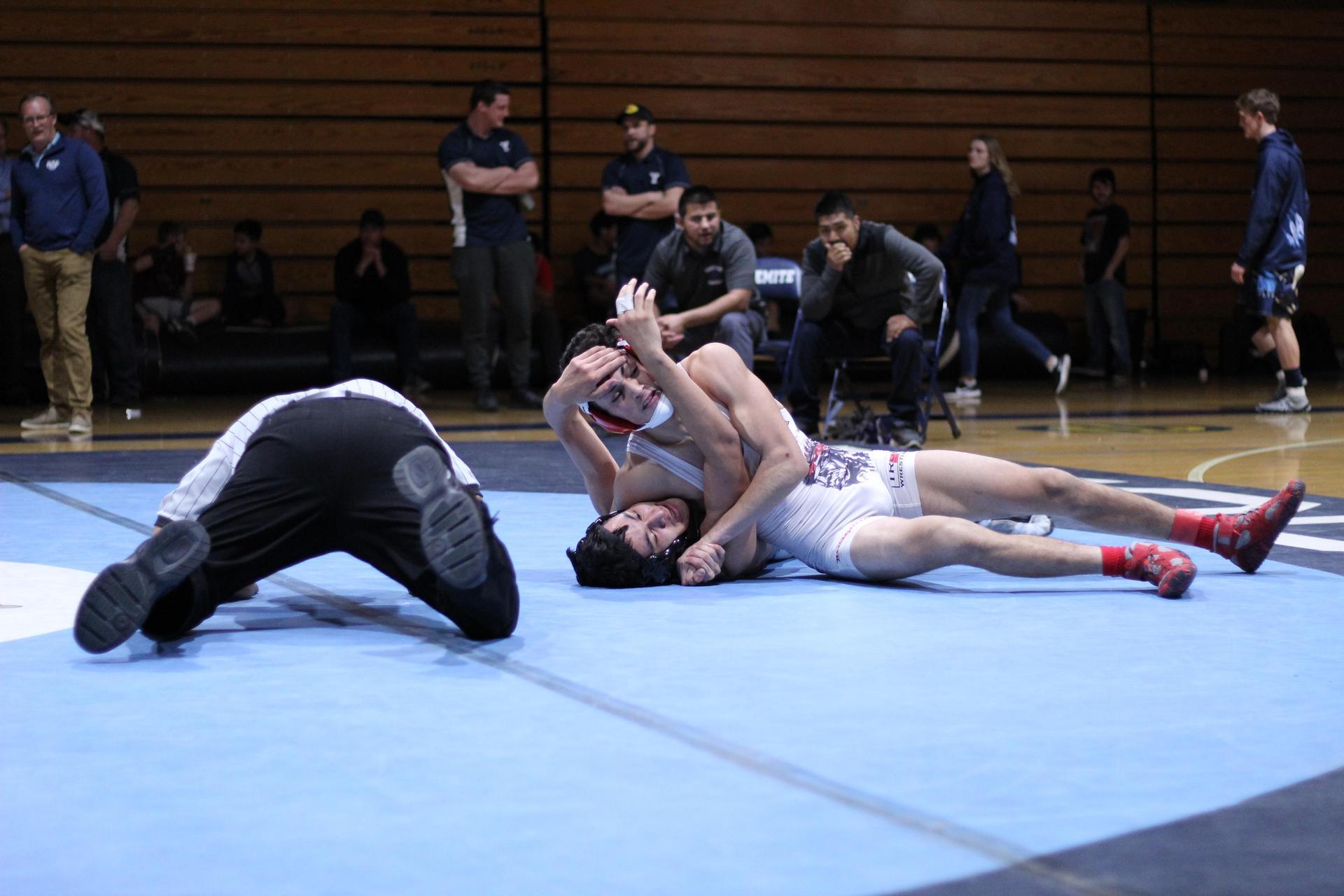 Chowchilla high wrestlers at league finals