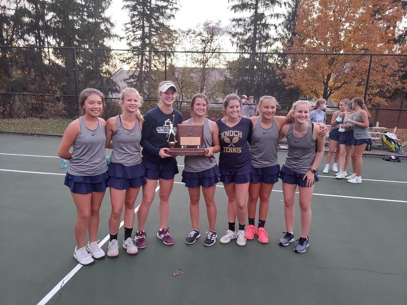 pic of Knoch tennis players