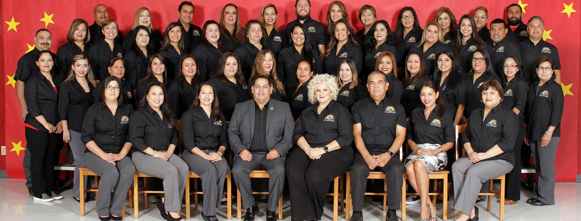 Staff Picture 2018-2019