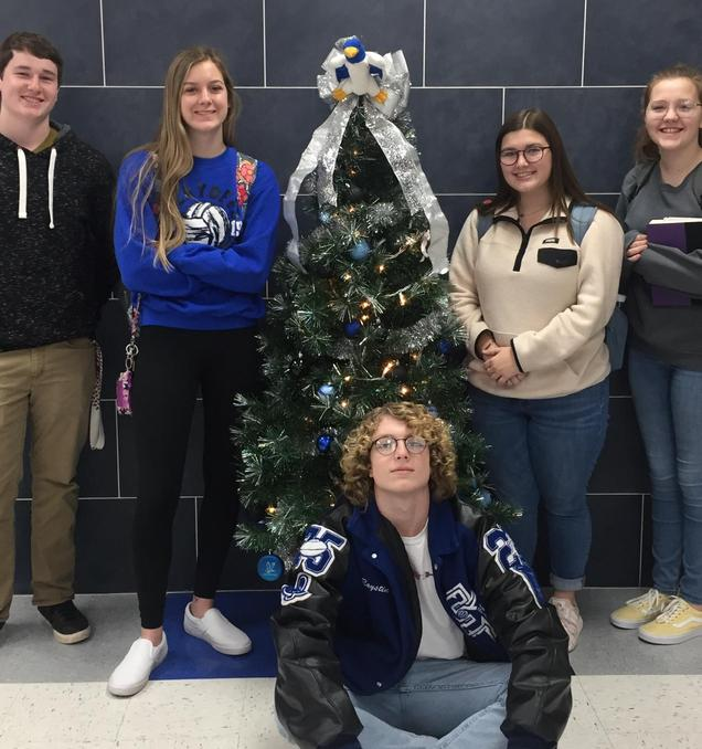 SFHS Christmas Tree Picture