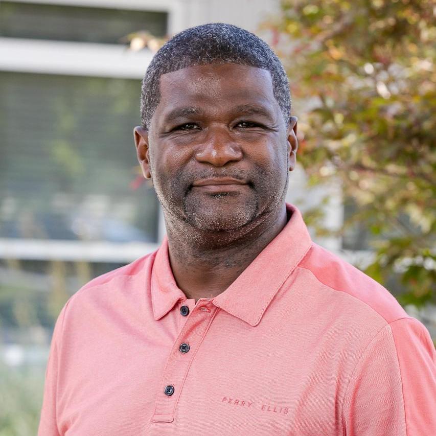 Ronald Lesueur's Profile Photo