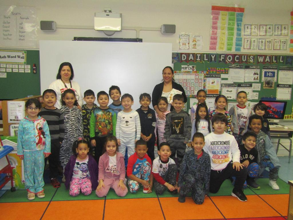 mrs. michael's class dressed in pj's