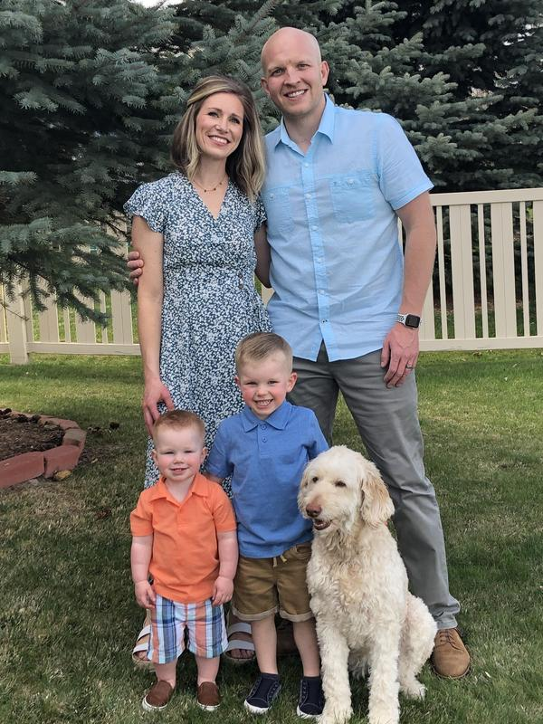 Jamie Anderson poses with her family