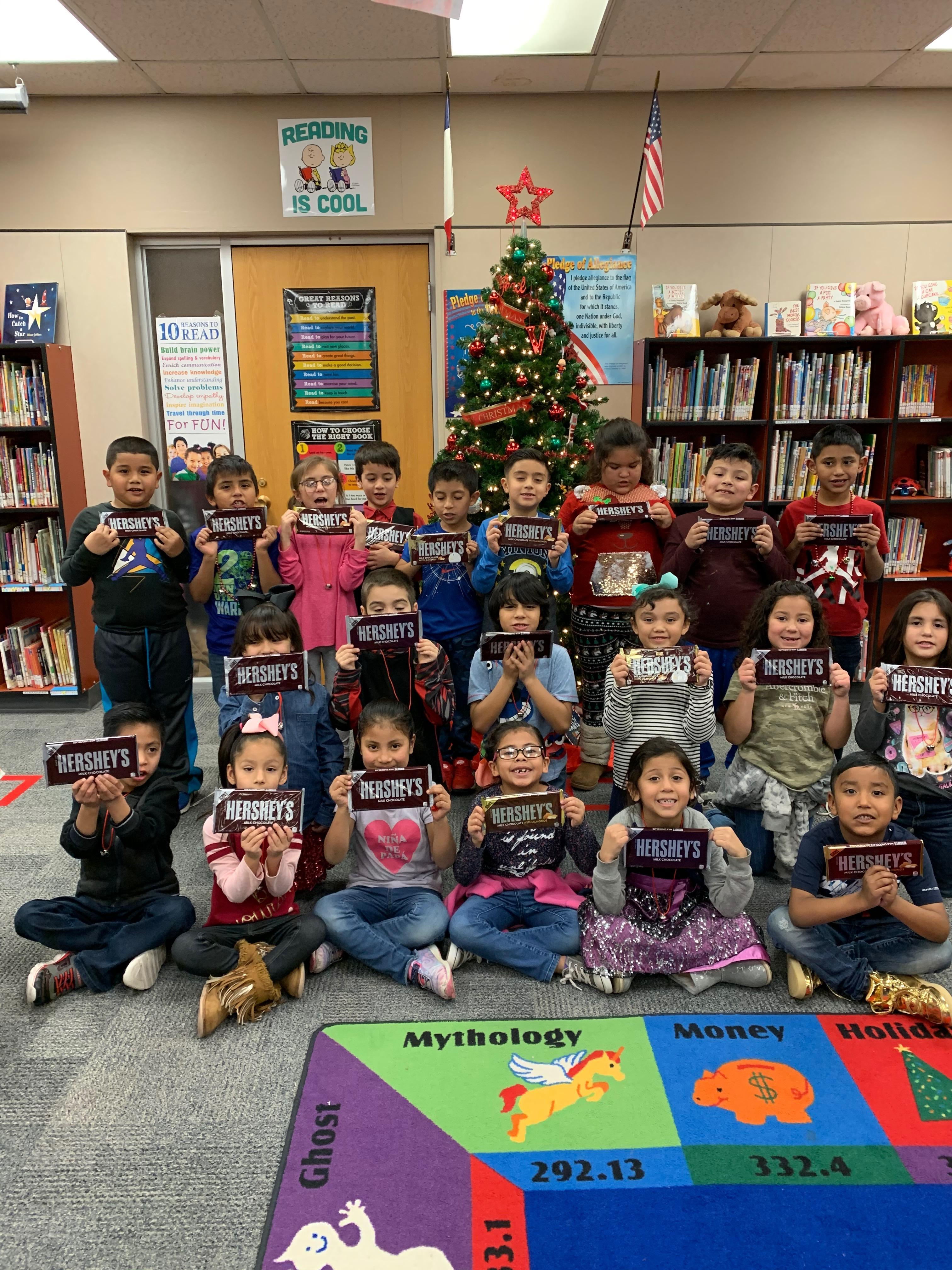 Mrs. Murray's Class. Most signatures on reading log Dec. 2 - 18, 2019.