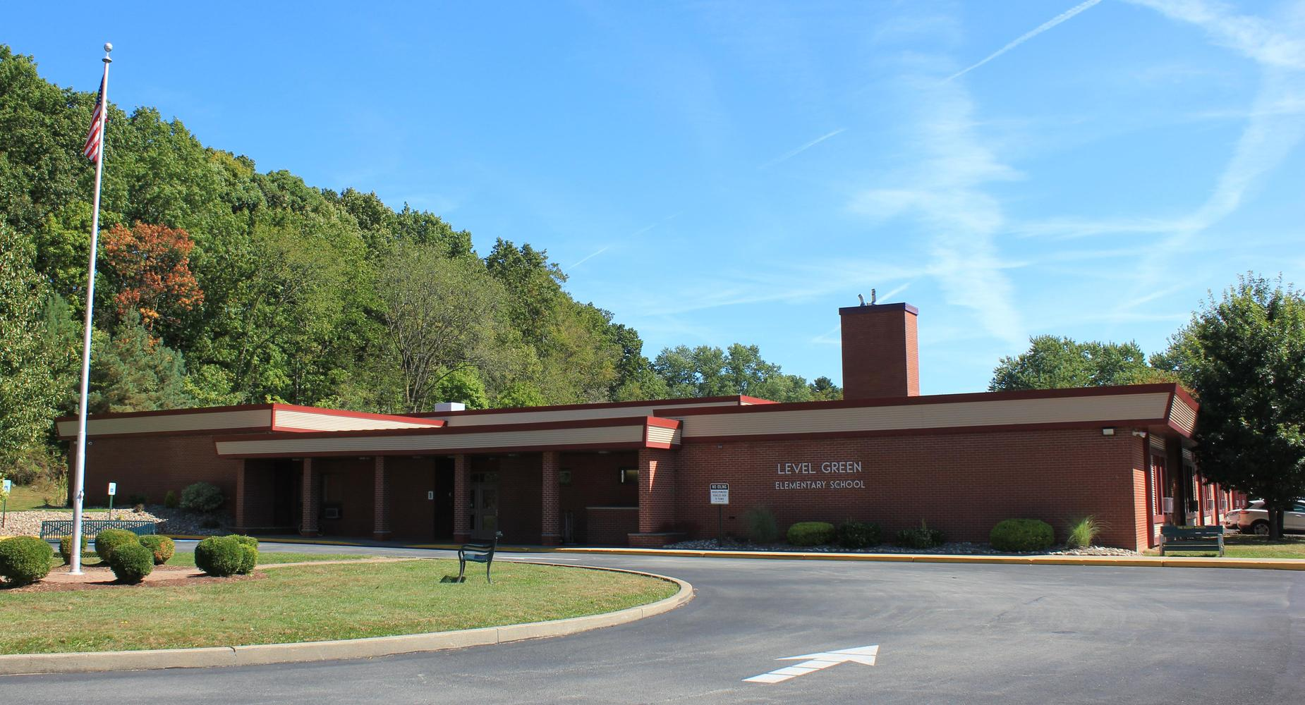 Exterior of Level Green Elementary School