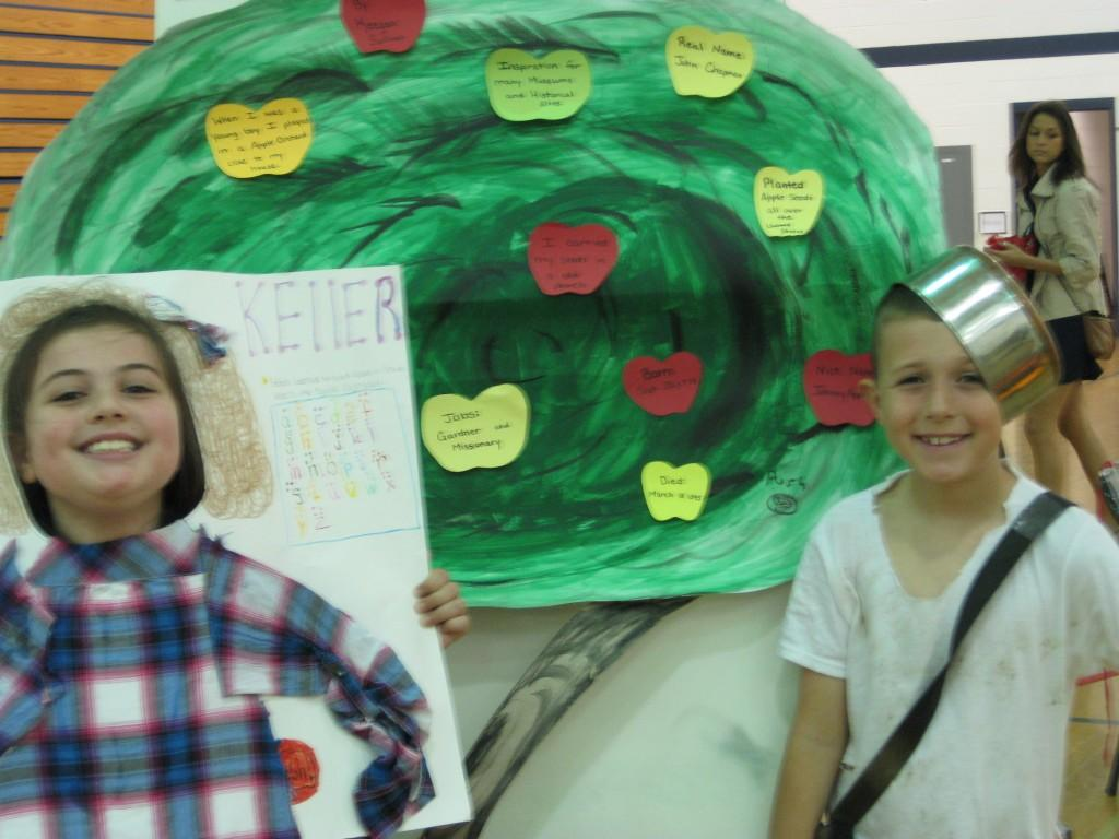 Wax Museum-Helen Keller and Johnny Appleseed