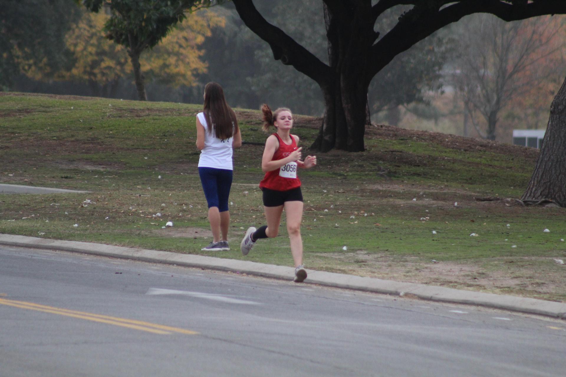 Roxxana Boyajian finishing