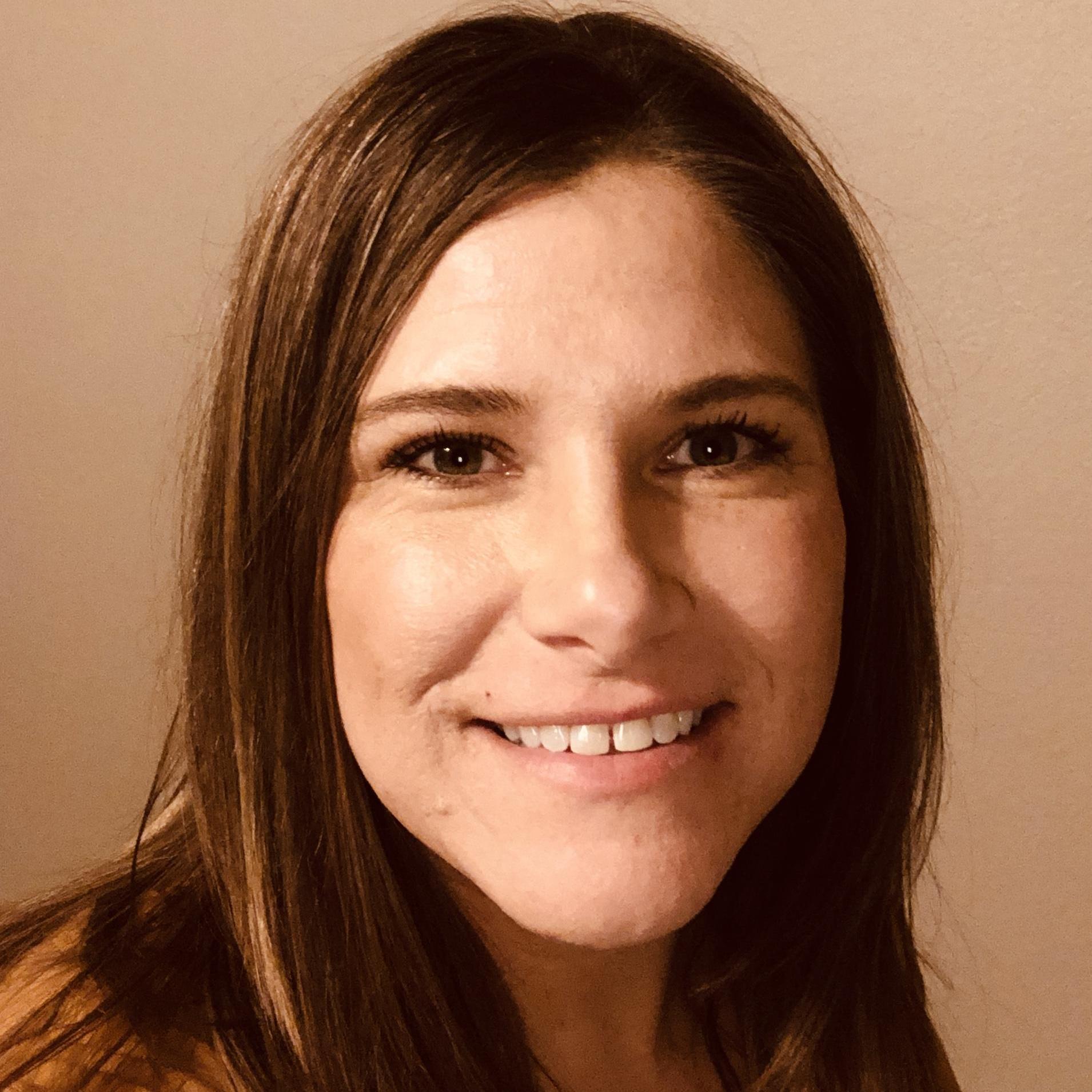 Holly Hernandez's Profile Photo