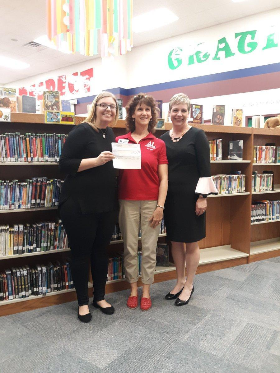 Librarian receives $2,000 grant from the Montgomery County Assistance League