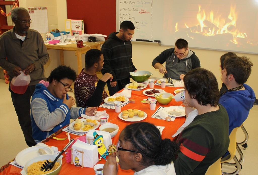 PHHS Life Skills Thanksgiving Feast - 112117
