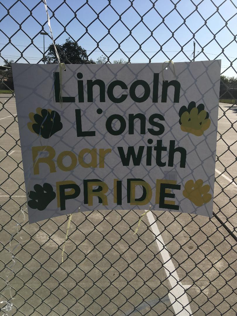 Lincoln Lions Roar with P.R.I.D.E sign