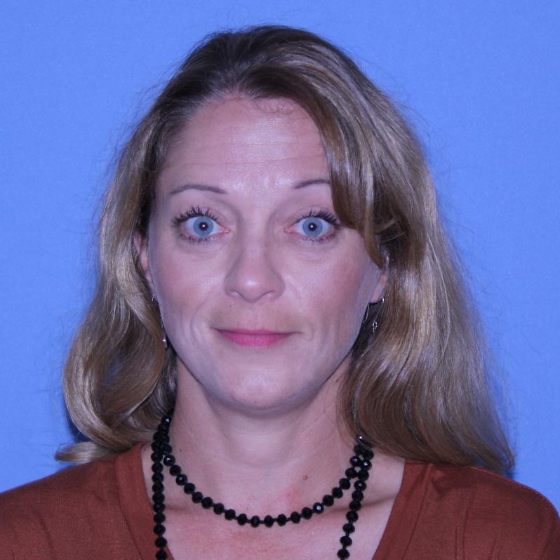 Kelly Saunders's Profile Photo